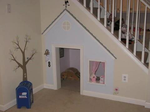 diy playhouse under stairs