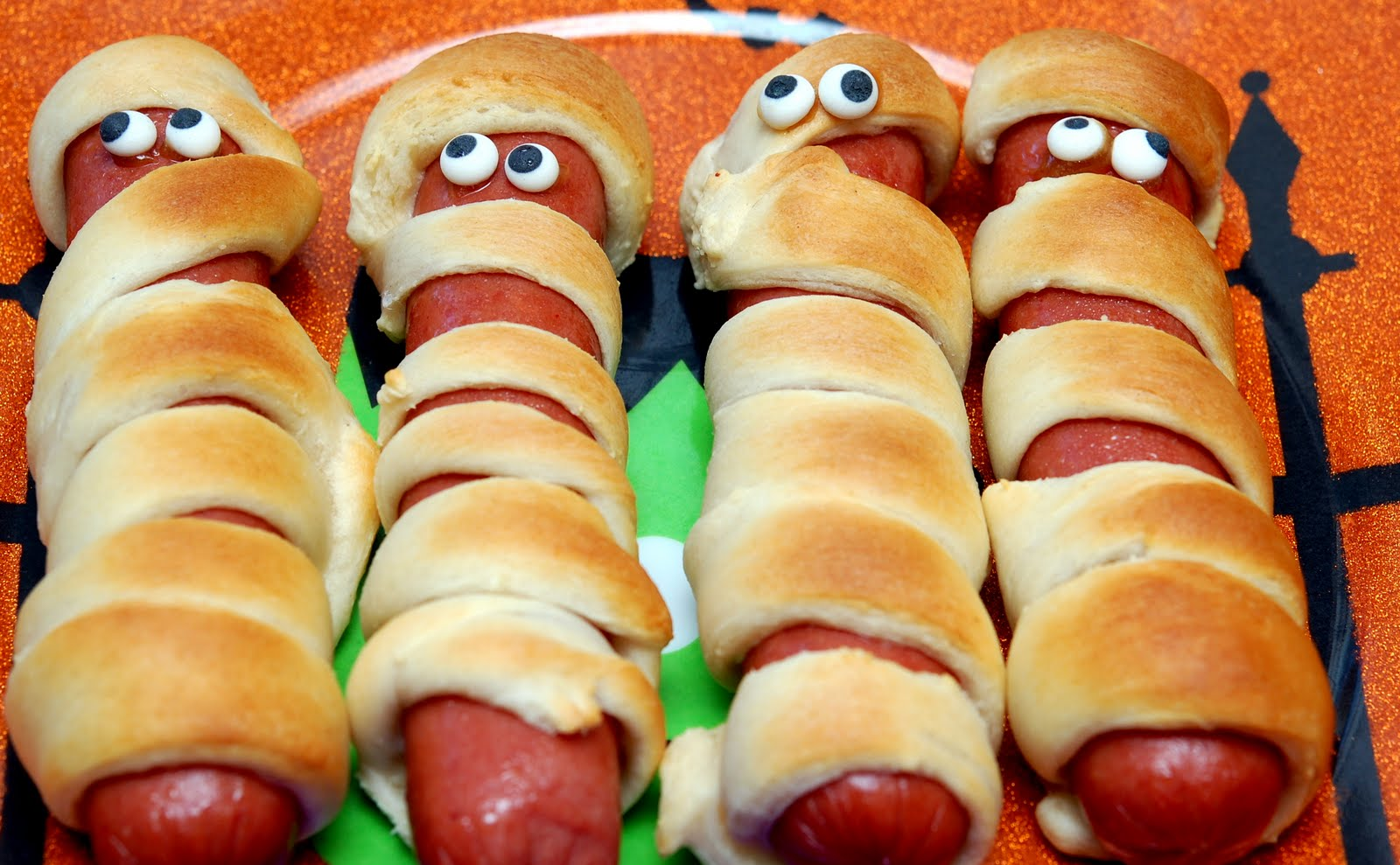 Biscuits Wrapped Hot Dogs